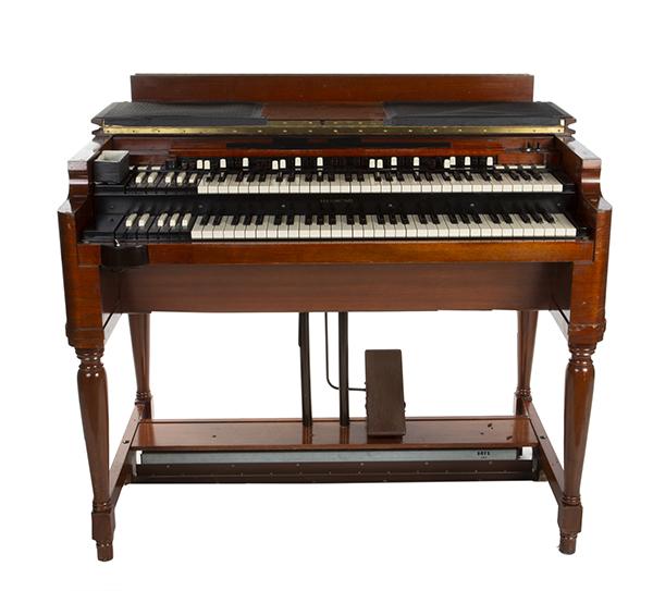 Hammond B-3 Organ