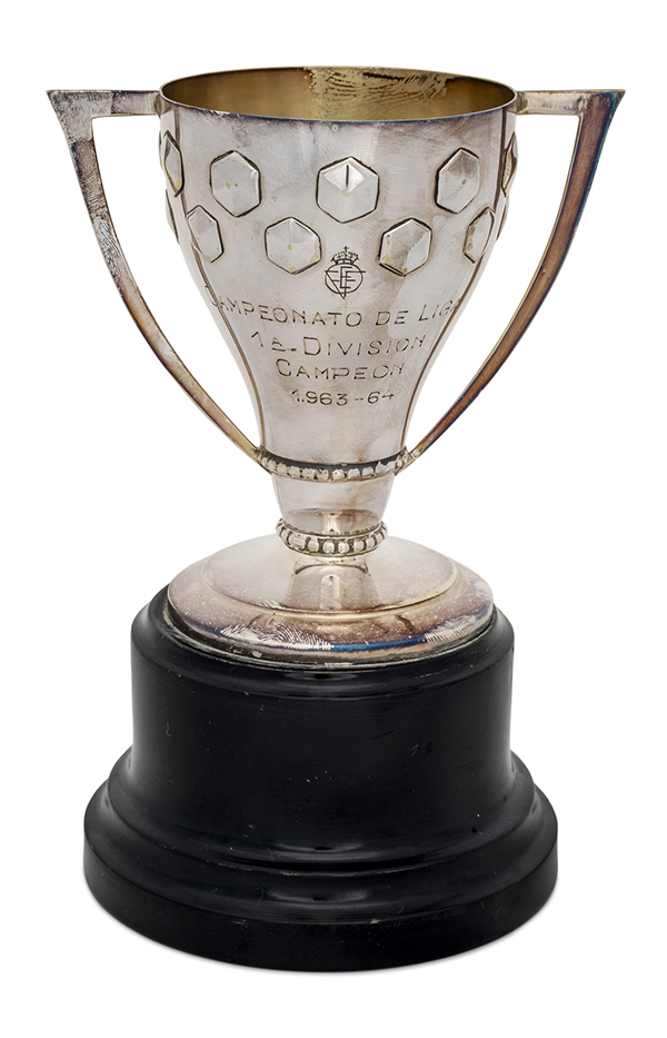 Di Stéfano's 1964 Real Madrid, Spanish League Champions trophy